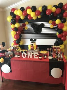 Mickey Mouse 1 Year Deco