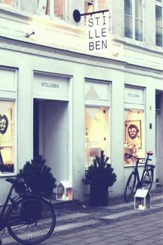 Shop | Store | Retail | Window | Display | Visual Merchandising | Storefront
