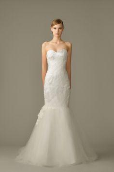 White Gown - Graceful Image - The Wedding Dress - SingaporeBrides