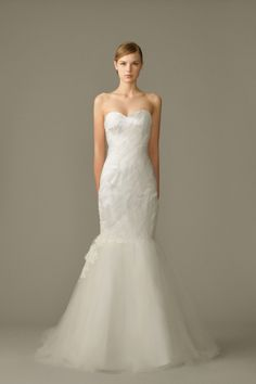 White Gown - Graceful Image - The Wedding Dress - SingaporeBrides