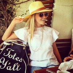 Shop Reese Witherspoon's Draper James Tote Bag | Instagram Fashion