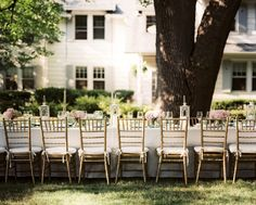 """http://www2.pictures.lonny.com/mp/eAHH5rBH71yl.jpg  Come to the Table """"With nature as your backdrop, there's a lot less 'decorating' that needs to be done,"""" says McGrath. """"At an outdoor party, you can create a beautiful scene with just a few key elements."""""""