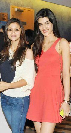 Two bollywood beauties - Alia Bhatt & Kriti Sanon Most Beautiful Hollywood Actress, Beautiful Bollywood Actress, Beautiful Actresses, Indian Celebrities, Bollywood Celebrities, Bollywood Stars, Bollywood Fashion, Alia Bhatt Photoshoot, Stylish Girl Pic