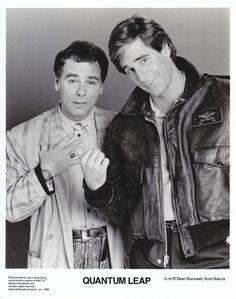 QUANTUM LEAP SCOTT BAKULA & DEAN STOCKWELL 8X10 B&W PRESS PHOTO NBC 1989 VINTAGE