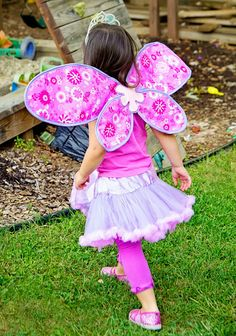 Free Fairy Fabric Wings Pattern and Tutorial by SewLoveLe for The Cottage Mama. www.thecottagemama.com