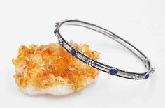 Vintage Sterling Silver & Lapis Lazuli Bangle Bracelet, Blue Stone, Cabochon, Beaded Flowers, Rope Edge, Stackable, Nice! #b881