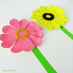 Get some beginner weaving practice in with this creative Woven Paper Plate Flower craft at Easy Peasy and Fun.