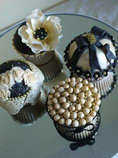 elaborate gold cake | black and gold cupcakes - by ScrummyMummy @ CakesDecor.com - cake ...