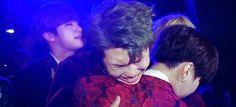 Namjoon squeezing Suga to death XD