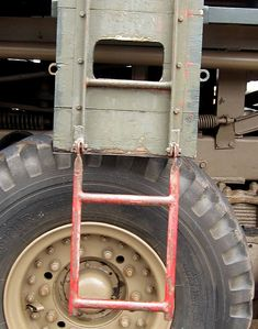 The Modelling News: Build Guide Pt II: Andy's scale IBG Models Scammell Pioneer somes together in some style. Cable Drum, The Modelling News, Model Tanks, Elm Street, Model Building, Scale Models, Ww2, Recovery, Canon