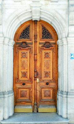 Door design and so much wanderlusting for far away places and spaces!