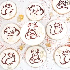 Chinese New Year decorated sugar cookies. Call or email to order your decorated sugar cookies today. Click visit to learn more. Royal Icing Cookies, Sugar Cookies, Cupcake Wars, Custom Cookies, Cookie Desserts, Chinese New Year, Dessert Table, Food Network Recipes, Cupcakes