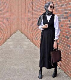 A black dress is always a good idea 🌿 #modestfashion