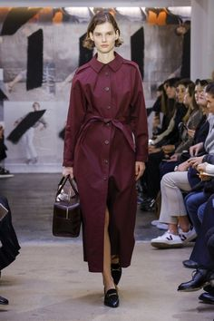 The complete A.P.C. Fall 2018 Ready-to-Wear fashion show now on Vogue Runway.