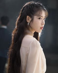 Discovered by Garden heart. Find images and videos about iu and hotel del luna on We Heart It - the app to get lost in what you love. Korean Beauty, Asian Beauty, Korean Girl, Asian Girl, Iu Twitter, Korean Celebrities, Korean Actresses, Korean Actors, Ulzzang Girl