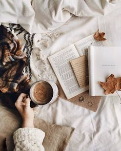 0 141 total views, 1 views today I love cozy autumn! To me autumn is the best season. Autumn Aesthetic, Book Aesthetic, Aesthetic Coffee, Christmas Aesthetic, Flat Lay Photography, Book Photography, Photography Humor, Hygge, Happy Friday