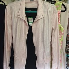 Jacket gorgeous shimmer! SALE GET IT QUICK! Linen & rayon size xl cute detail & shimmers Peck & peck Jackets & Coats