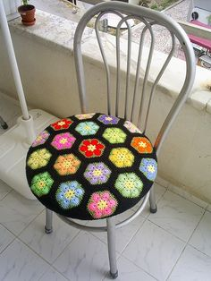 African Flower chair; by Handmade by Ria   http://www.etsy.com/shop/handmadebyria