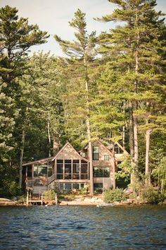 Camping + Cottage Rustikale Hütte auf Panther Pond in Maine New Jersey Real Estate – The Garden Stat Lake Cabins, Cabins And Cottages, Cabins In The Woods, House In The Woods, Cabin On The Lake, House By The Lake, Cottage In The Woods, Ideas De Cabina, Rustic Lake Houses