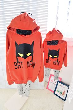 QZZ313 Winter cute batman 1 6Y kids family matching clothes father mother and son daughter thick warm fleece family look hoodies