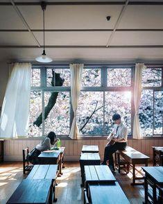 青春時代の記憶 Aesthetic Japan, Japanese Aesthetic, Japanese Style, Pose Reference Photo, Art Reference, Photographie Portrait Inspiration, Japanese Photography, Human Poses, Kaichou Wa Maid Sama