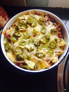 Best Slimming world meal I ever tasted. And completely FREE if you use your cheese as Hea! I didn't use primula cheese I used low low cheese! (Lime Recipes Slimming World) Slimming World Dinners, Slimming World Recipes Syn Free, My Slimming World, Slimming World Lunch Ideas, Slimming World Minced Beef Recipes, Slimming World Lasagne, Slimming World Fakeaway, Nacho Style Feast, Sliming World