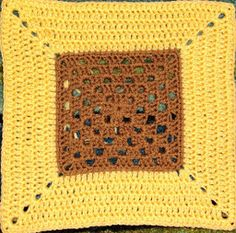 Sweet Tea Granny Square from www.allfreecrochetafghanpatterns.com. Easy enough for a Beginner to make!
