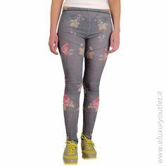 #Leggings #Mcq by #AlexanderMcQueen 50% off on #eluxuryoutlet! >> http://www.eluxuryoutlet.it/it/nuovi-arrivi/donna/leggings-mcq-alexander-mcqueen.html