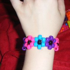 i'm going to do this pattern too. kandi flower pattern.