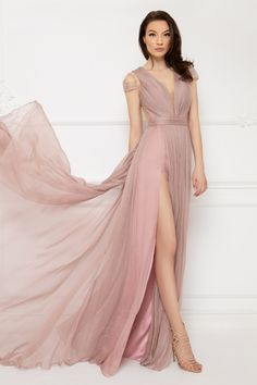 Cristallini - Embroidered Deep V-Neck Pleated A-Line Dress Stunning Dresses, Beautiful Gowns, Evening Party Gowns, Evening Dresses, Bridesmaid Dresses, Prom Dresses, Illusion Dress, Light Pink Color, Pleated Bodice