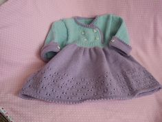 Free Pattern: Robe, Bandeau et Chaussons by Bergère de France http://www.ravelry.com/projects/wool-lady/autumn-leaves