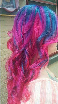hair dyed hair, hair styles et long hair styles Cute Hair Colors, Pretty Hair Color, Beautiful Hair Color, Hair Colours, Blue And Pink Hair, Violet Hair, Pink Blue, Hot Pink, Baby Blue