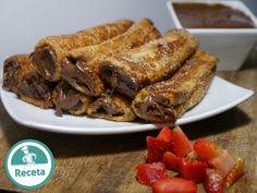Rollitos de tostadas a la francesa rellenas de Nutella y fresa