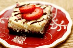 A Kitchen Addiction: Dark Chocolate Drizzled Strawberry Cheesecake Brownies