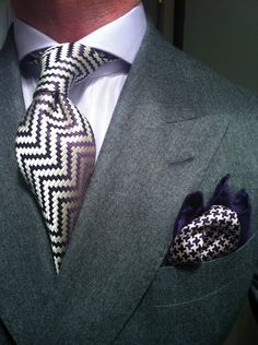 Zig zag tie and hounds tooth pocket square.