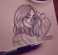 ✔ Drawing Tips Anime Sketch Girl Drawing Sketches, Portrait Sketches, Pencil Art Drawings, Cartoon Drawings, Drawing Tips, Girl Sketch, Sketch Art, Hipster Drawings, Girl Drawings