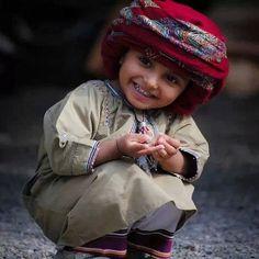 Omani Boy by Oman_photo
