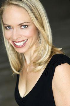 Leanne Melissa Bishop as Taylor Murdoch