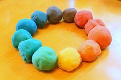 Make a color wheel with homemade playdough