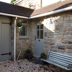 Modern Country Style: The Top Ten Front Door Paint Colours For Cotswold Stone Houses Front Door Paint Colors, Painted Front Doors, Exterior Doors, Exterior Paint, Modern Country Style, Cottage Exterior, Modern Exterior, French Exterior, Grey Exterior