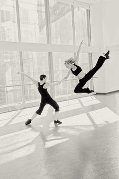 Photos by Gina Uhlmann \ Gina Uhlmann - Fashion, Advertising & Dance Photographer.