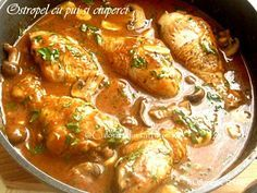 Ostropel-cu-pui-si-ciuperci-4 Romanian Food, Chicken Wings, Curry, Food And Drink, Cooking Recipes, Dishes, Meat, Ethnic Recipes, Desserts