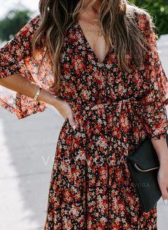 Fashion 2020, Love Fashion, Modest Fashion, Look Kimono, Summer Outfits, Cute Outfits, Boho Outfits, Floral Kimono, Red Floral Maxi Dress