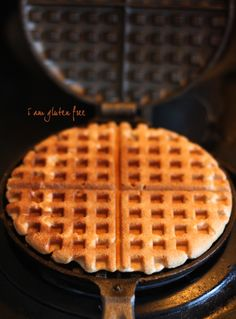 A few days ago I took out my new cast-iron waffle maker and gave it a shot. The nonstick waffle maker that I had broke down ages ago. It just couldn't handle the effort of making waffles for tons of hungry little kids. I'm not kidding about the 'tons'. There may be just a few … Vegan Gluten Free Breakfast, Gluten Free Waffles, Gluten Free Breakfasts, Breakfast Recipes, Gluten Free Cooking, Dairy Free Recipes, Sin Gluten, Gluten Free Living, Waffle Recipes