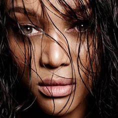 Tyra Banks: Cool mit Messy-Frisur