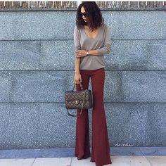 """Instagram media by advogadacomestilo - 🚩Curtam nossa página no Facebook (link na bio) . . 🚨Marque suas amigas que também são """"advogadas com estilo""""❗️ . . . . . . .  #advogadacomestilo #advogata #advogada #work #lookoftheday #looktrabalho #lookdetrabalho #lawyer #law #ootd #fashion #fashionista #look #direito #moda #estilo #escritorio #office #regram #bomdia"""