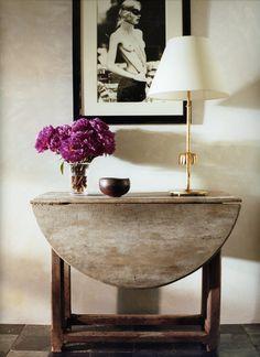 HOME IN LA  http://markdsikes.com/2012/11/15/at-home-in-la-alexandra-michael-misczynski/ Love this table