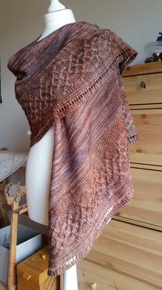 Ravelry: AnnelieseEWilke Irish Coffee Toffee Source by Knitted Shawls, Crochet Scarves, Crochet Shawl, Knit Crochet, Crochet Vests, Crochet Cape, Crochet Edgings, Crochet Motif, Prayer Shawl Patterns