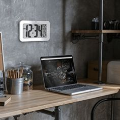 MARATHON Atomic Self-setting Self-adjusting Wall Clock w/ Stand & 8 timezones Digital Clocks, Digital Wall, Outdoor Clock, Daylight Savings Time, Time Zones, Home Office Decor, Marathon, A Table, Contemporary Design