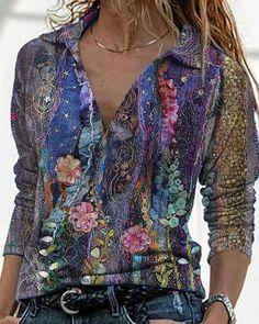 Trend Fashion, Look Fashion, Fashion Outfits, Womens Fashion, Floral Fashion, Blouse Vintage, Vintage Tops, Vintage Floral, Vintage Jeans